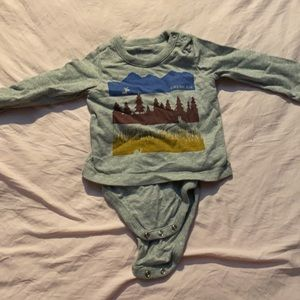BABY GAP ONESIE: HUGE BUNDLING DISCOUNT
